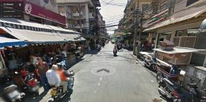 An intersection in the densely populated area.
